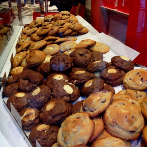 national food days-singapore-venuerific-blog-chocolate-chip-cookies