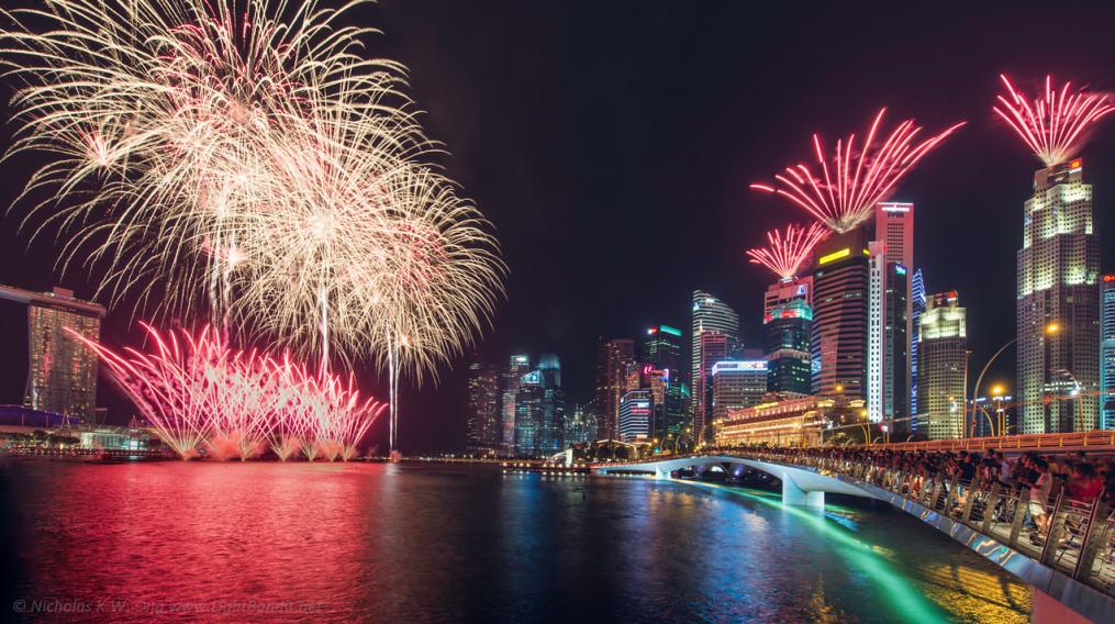 NDP-fireworks-venuerific-blog-esplanade-drive-queen-elizabeth-walk