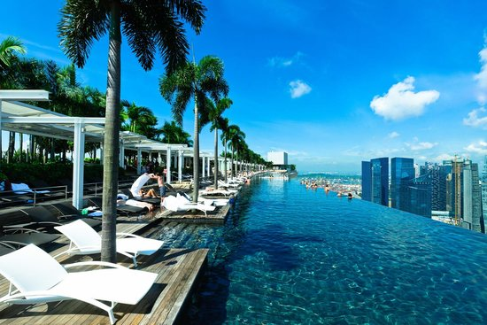 infinity-pool-marina-bay-sands-crazy-rich-asians-singapore-locations-venuerific