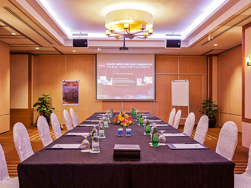 meeting room with screen projector for meeting