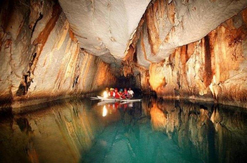longest navigable underground river in the world