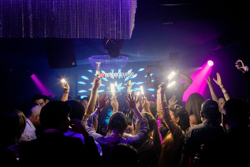 party all the night to celebrate grand prix singapore