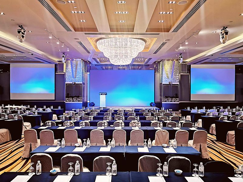 M Hotel Singapore stylish grand ballroom company setting