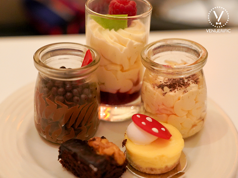 sweet mouthwatering dessert from shangri la singapore