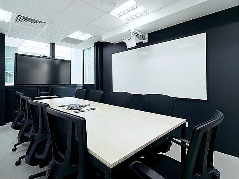 Boardroom for business meetings with less than 10 pax