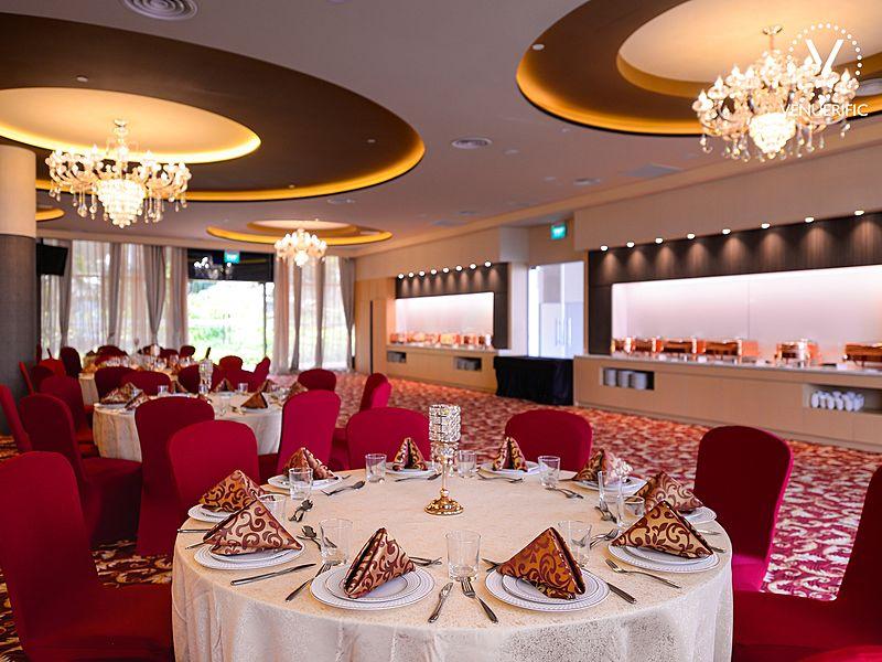 intimate wedding venue singapore with red banquet seating