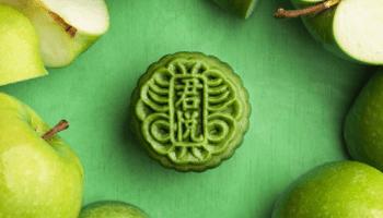 Mooncake; green apples