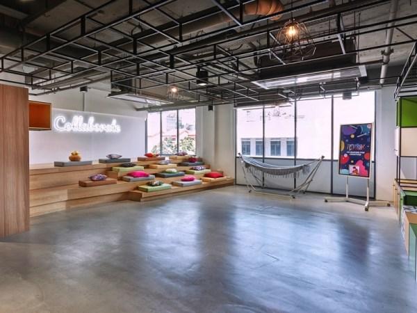 colourful mini auditorium for corporate event