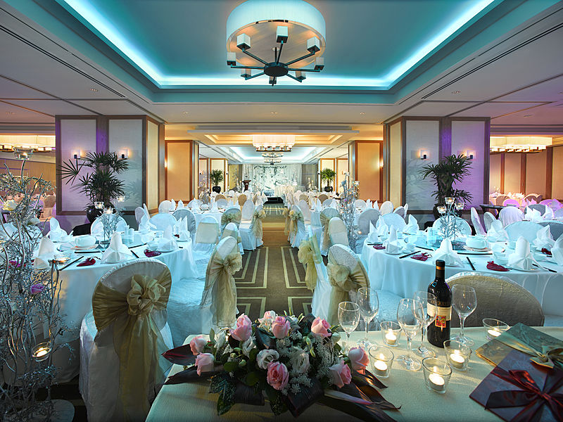 floral set up in a wedding hall