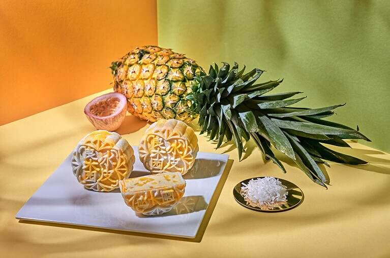 pineapple mooncake
