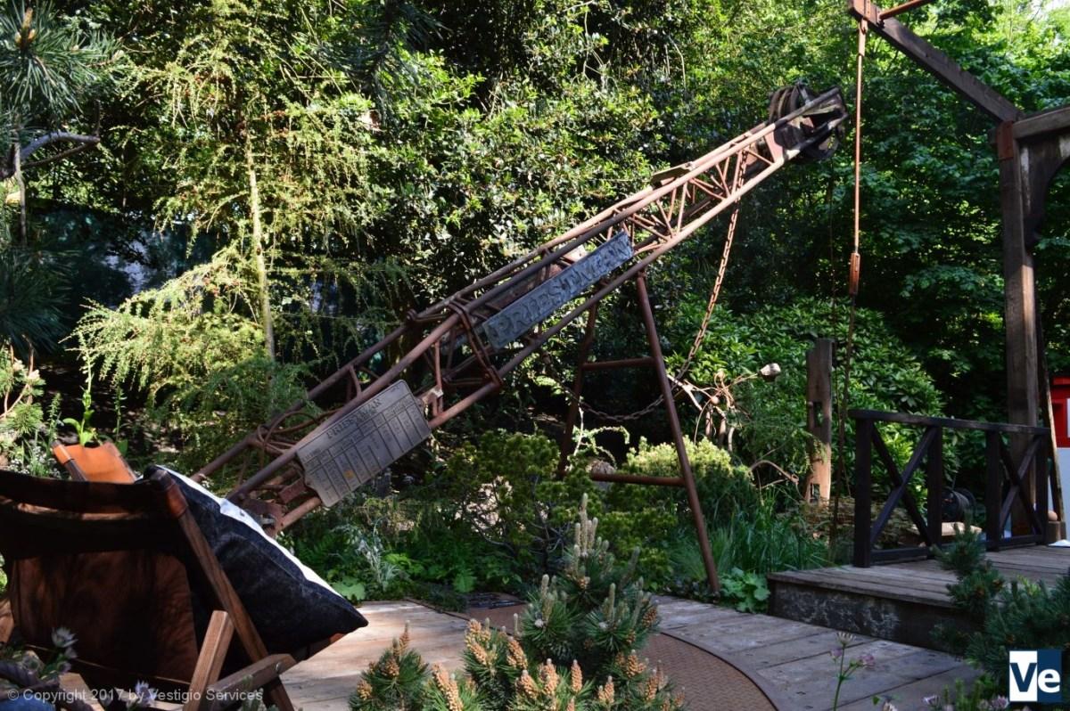 Walker's Wharf Garden by Graham Bodle
