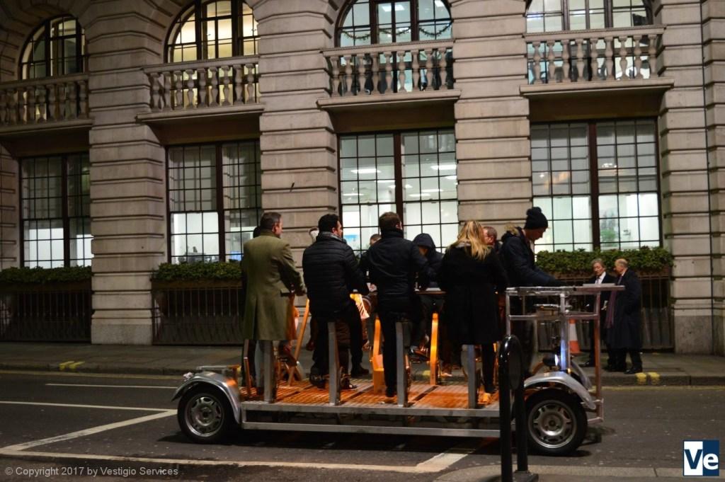 Необычные развлечения в Лондоне: педибас