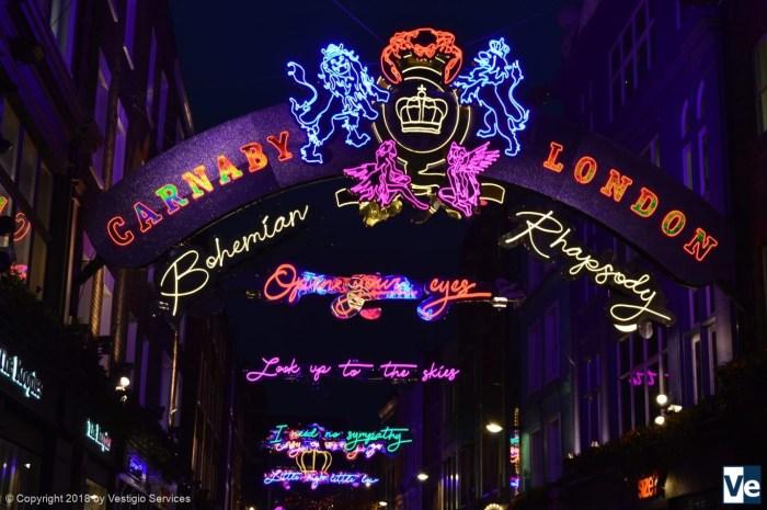Карнеби-стрит в Pождество: Богемская Рапсодия Queen
