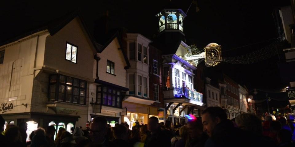 Рождественская традиция: Christmas Lights Switch On