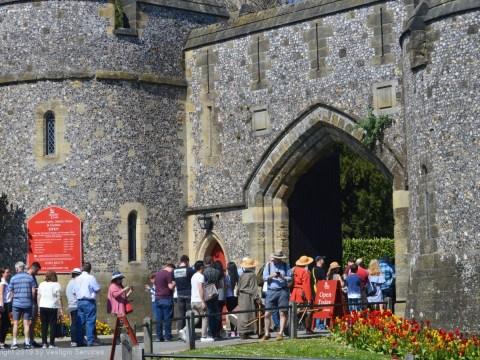 Фестиваль тюльпанов в норманском замке Arundel Castle