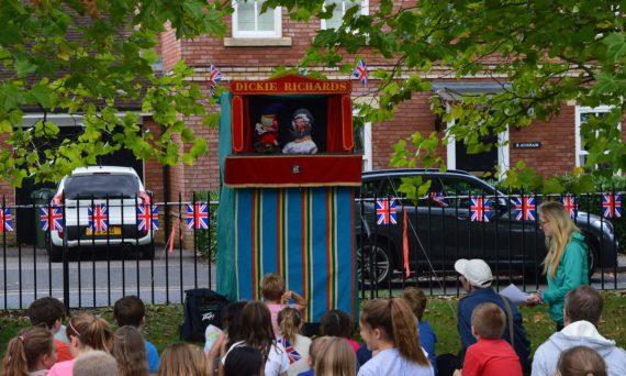 School bubbles: как открыть британские школы?