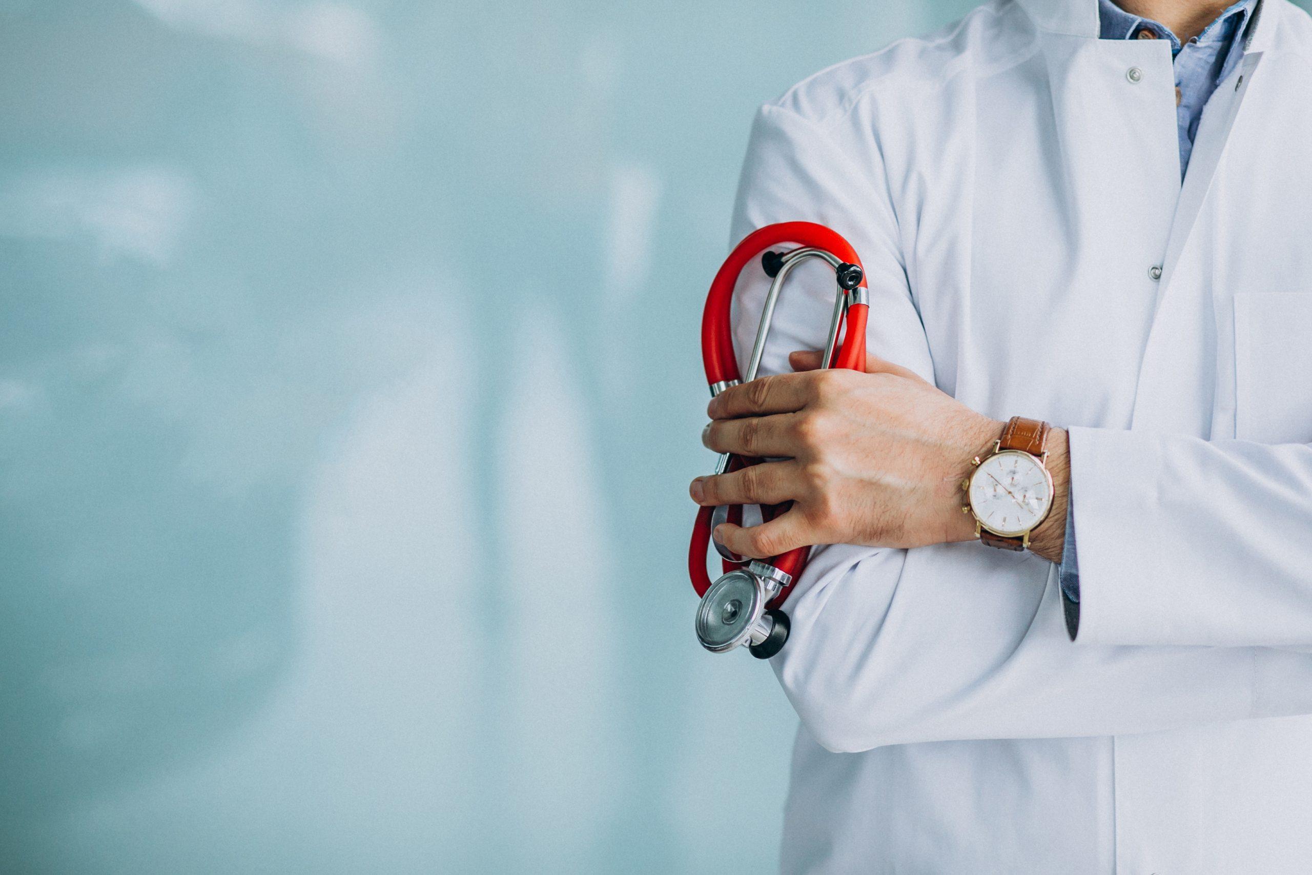 Zu viele Nebenwirkungen: Immer mehr Hausärzte raten von Covid-Impfungen ab