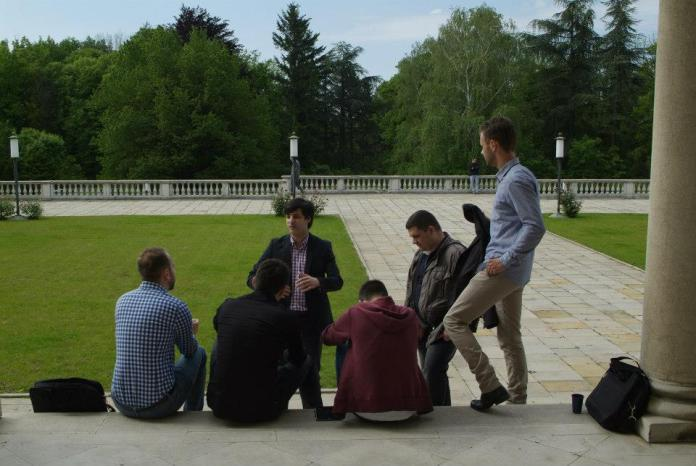 Coaching session in the palace gardens