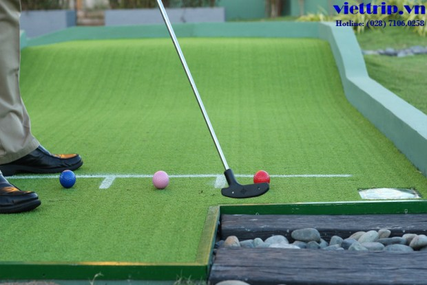 Sân gold minii putt putt The Grand Hồ Tràm Strip