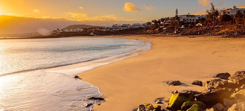 Puerto del Carmen or Playa Blanca?