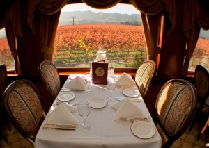 Napa-Valley-Wine-Train-Thanksgiving-table