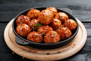 The Perfect Wines for Slow-Cooker Meatballs