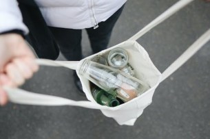 glass-bottles-in-bag-3735218