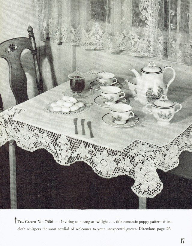Muffin-Cozy and Bread Tray Doily Patterns Filet Edging