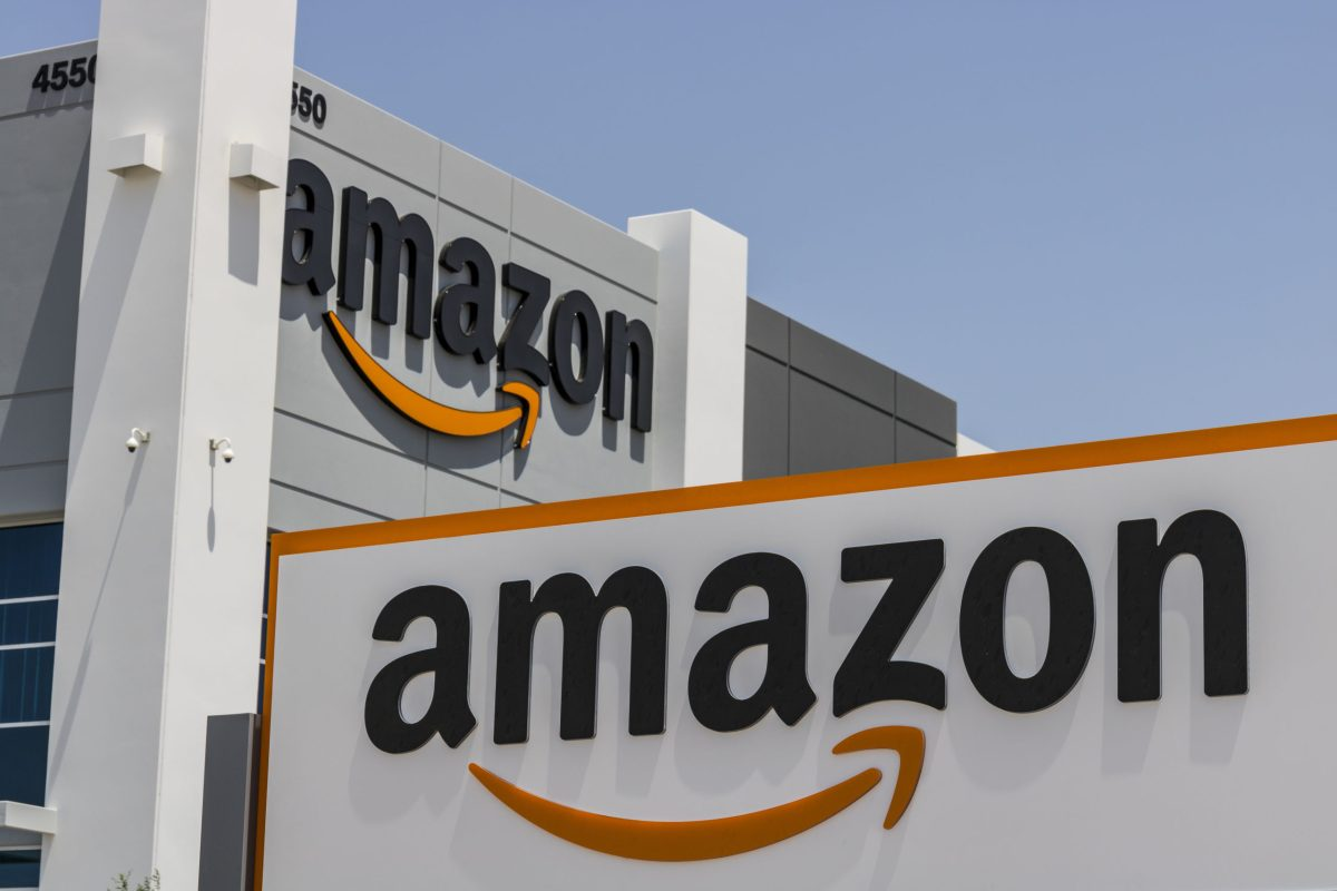 Amazon News & Updates: Amazon Launches Marketplace in Poland