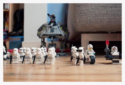 Henri en de Lego door Bruno Bollaert