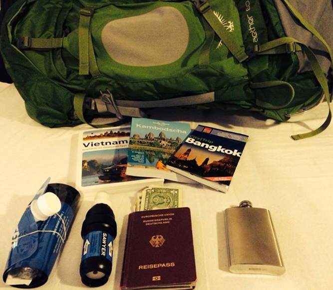 ultimate pack list - items for backpacking