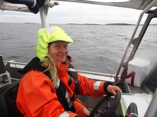 As the summer progressed and I got more practice with the boats, the volume, amount and tone of our boat master Suvi's comments went steadily down as I was docking the boat. I took it as a sign of advancement. (Photo: Metsähallitus)