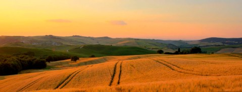 tuscany-countryside-sunset-landscape