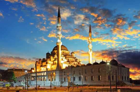 TurkeyInstanbul-Depositphotos