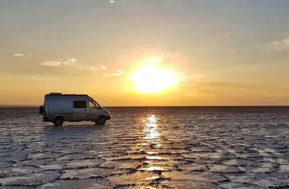 sunset-namak-salt-lake-iran-by-joao-leitao-of-nomad-revelations-bp