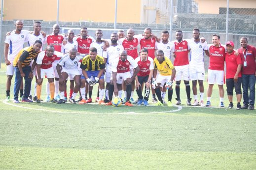 Wakanow team in a group photo with Emirates Airlines