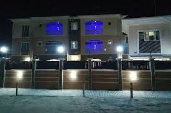 Book Blooms Spot Hotel and Apartments in Port Harcourt | Hotels.com