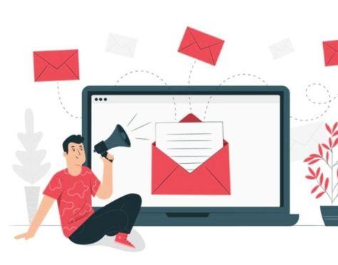 agente usa tipos de email marketing inmobiliario