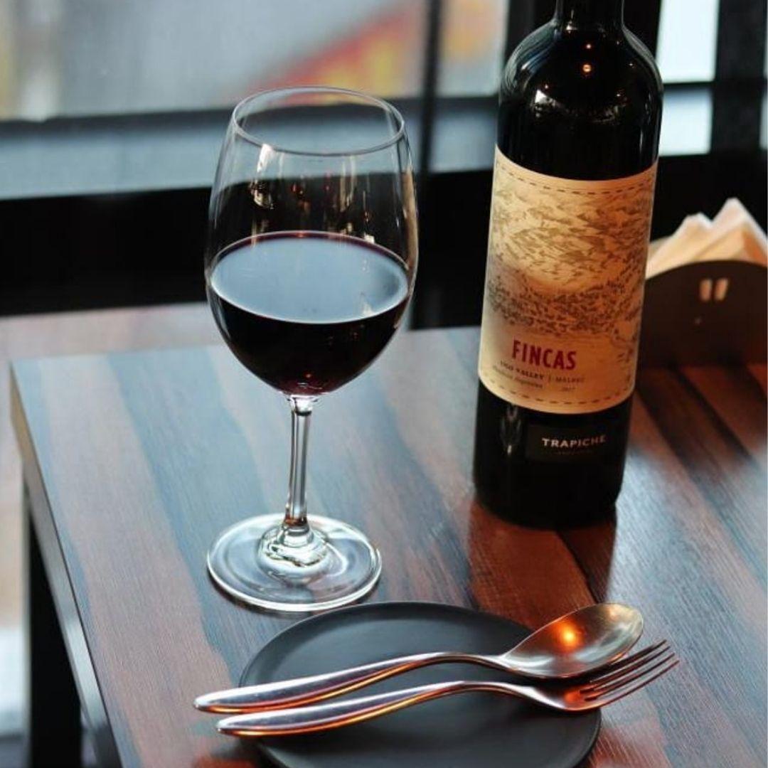 wine bar restaurant in seoul luvec
