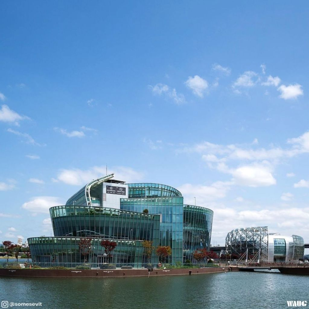 han-river-buffet-restaurant-view