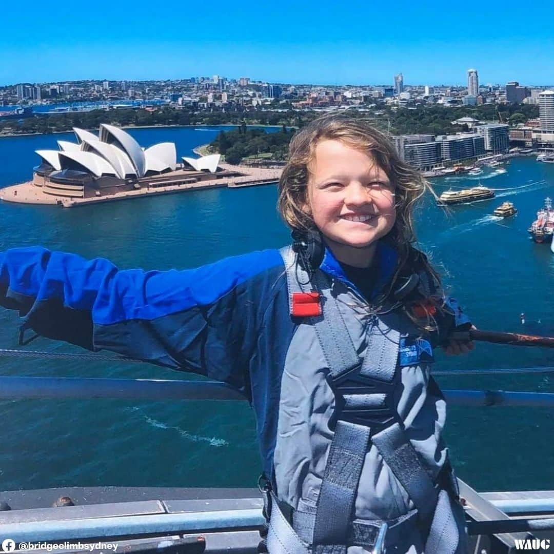 sydney harbour bridge climb height