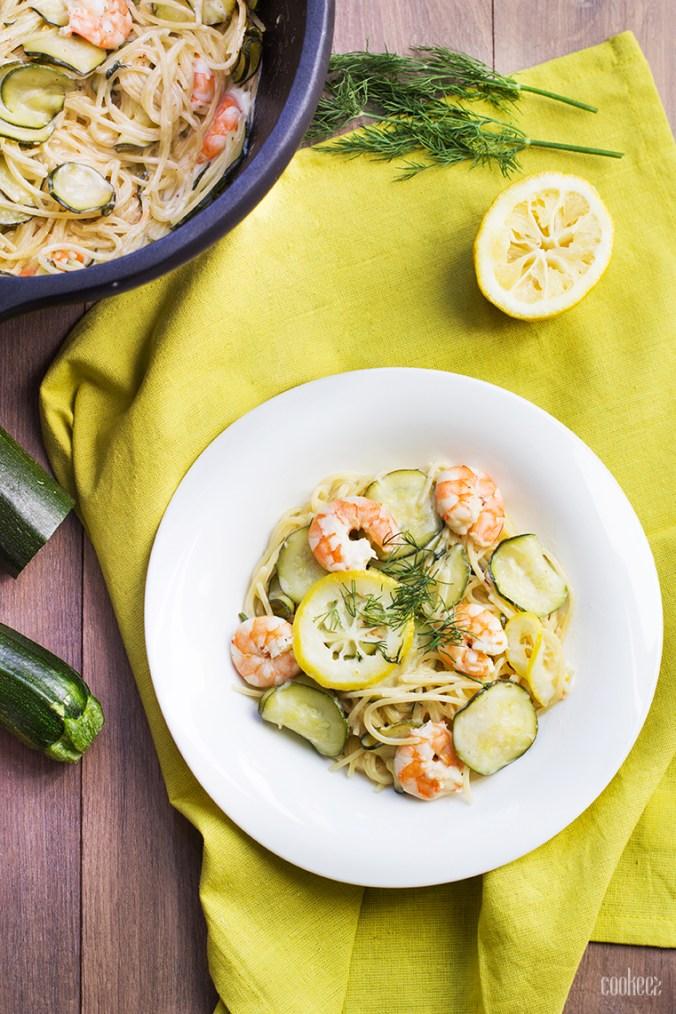 ONE POT PASTA courgettes, crevettes & citron
