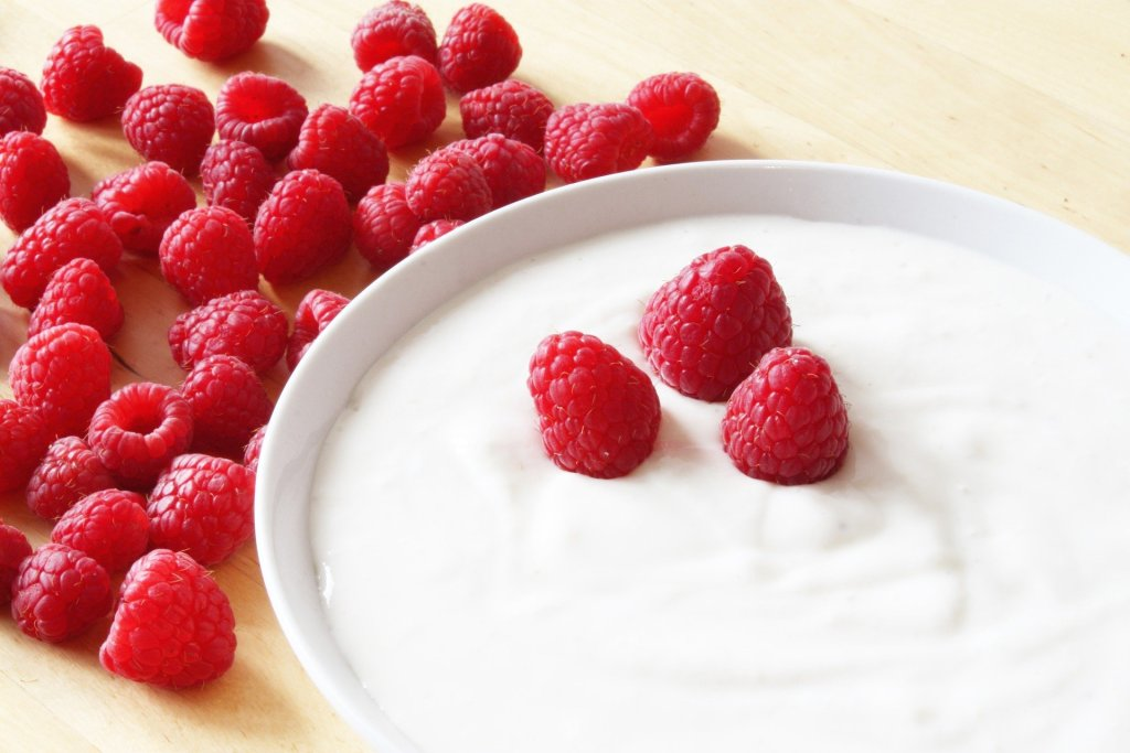 Difference between regular and Greek yogurt