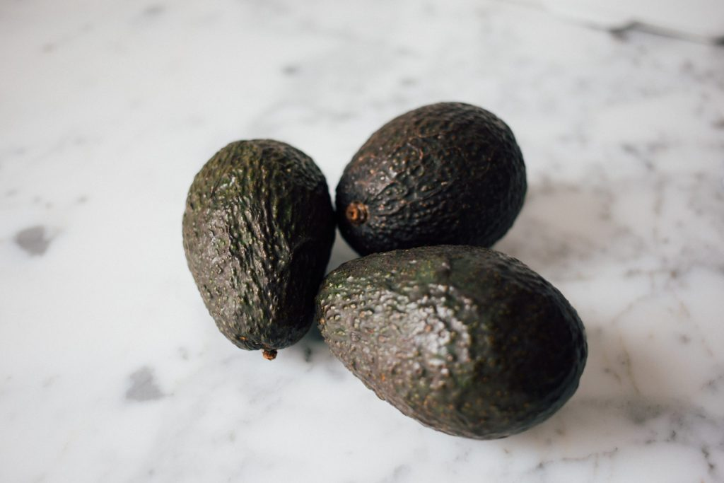 how to pick the right avocado