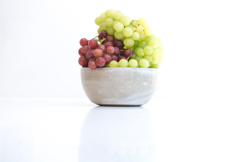 The best way to eat grapes to lose weight