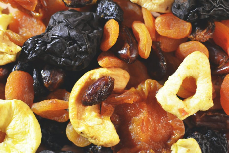 12 Of The Best Dried Fruits For Weight Loss