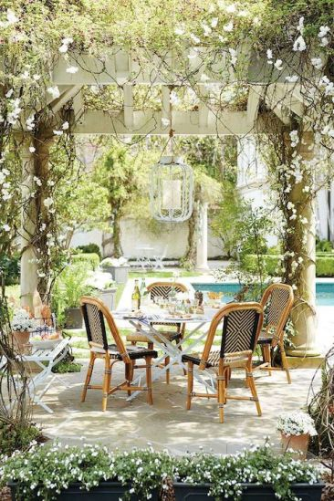 Fun Outdoor Dining Ideas