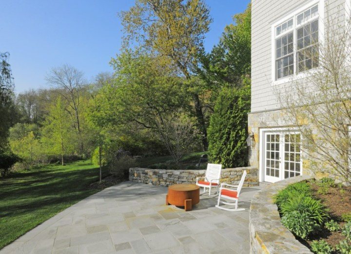68 Birch Lane Greenwich Real Estate Sothebys Edward Mortimer - 20- patio