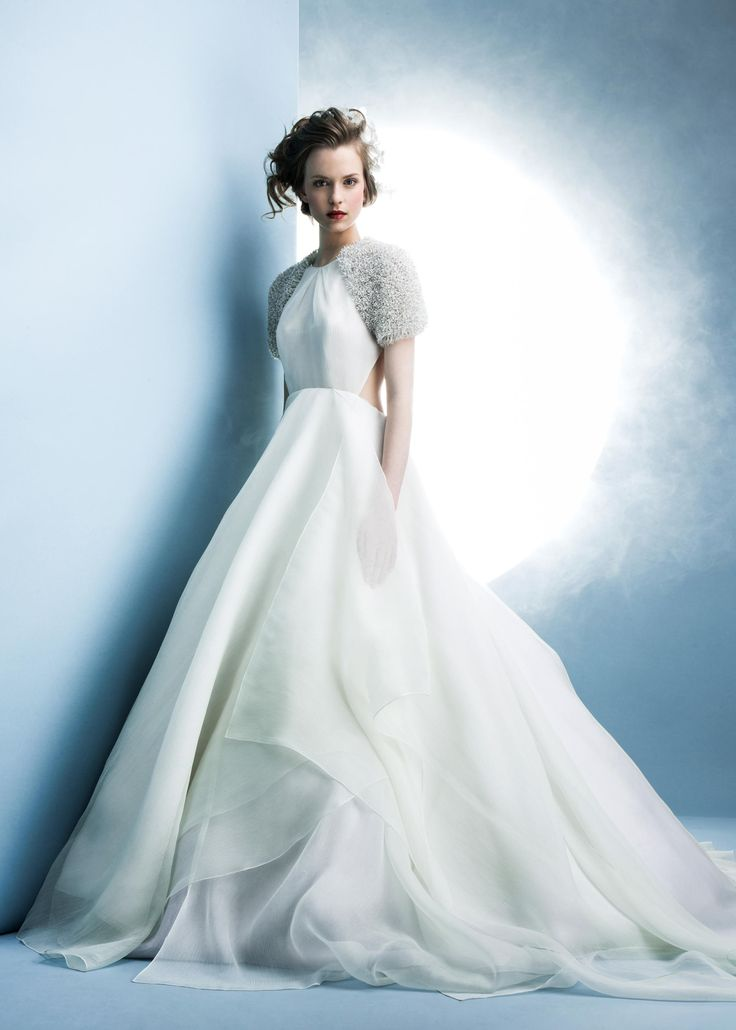The Well Appointed Wedding: Top 5 Wedding Dress Trends - Bridal ...