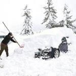 JetSet: Avalanches, heavy snowfall wreak havoc in northern Italy